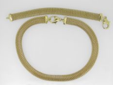 22CT (916) YELLOW GOLD FINE LINK NECKLET AND BRACELET ENSEMBLE, the necklet measuring 40cms long and