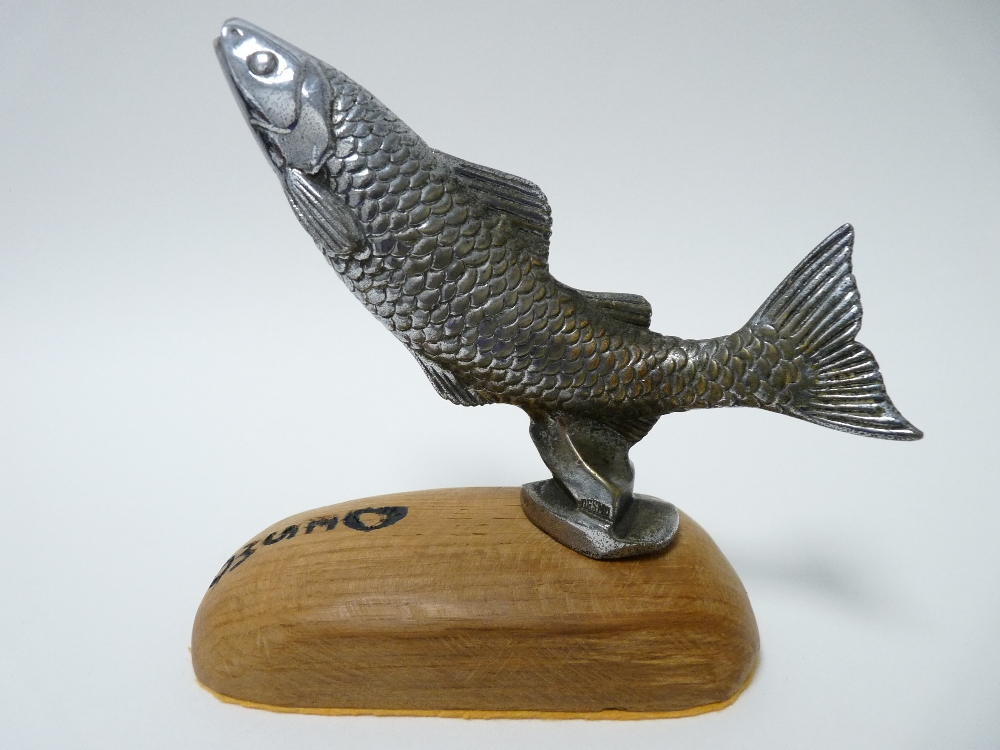 Lot 42 - VINTAGE CAR MASCOT- LEAPING FISH by DESMO circa 1930, 10cms H, 15cms L.