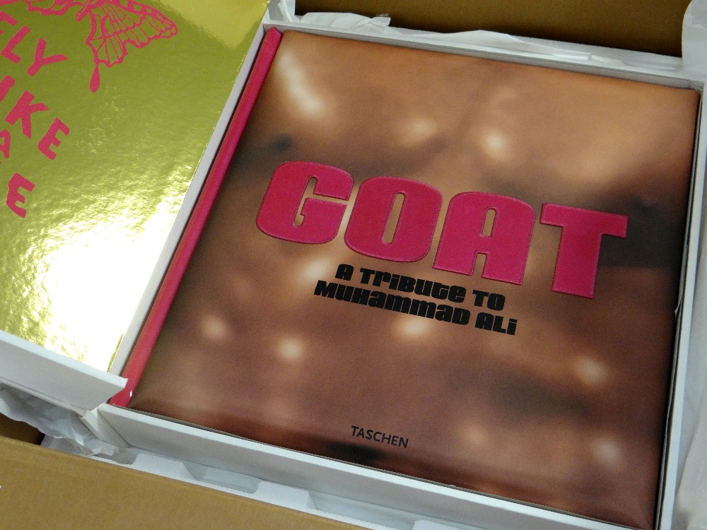 2003 VOLUME OF GREATEST OF ALL TIME (GOAT) TRIBUTE TO 'MUHAMMAD ALI' PUBLISHED BY TASCHEN limited - Image 2 of 12