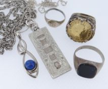 ASSORTED JEWELLERY TO INCLUDE SILVER ONYX RING, silver pendant on chain, silver ingot on chain,