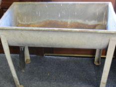 GALVANIZED STANDING MILK CHURN WASHING TROUGH, 77cms H, 97cms L, 52.5cms W