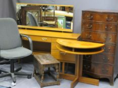 MID-CENTURY/REPRODUCTION FURNITURE PARCEL to include a serpentine front six drawer chest, 120cms