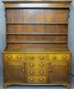 CIRCA 1820 NORTH WALES OAK DRESSER with a three shelf rack over a T arrangement of six pine lined