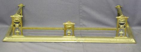 BRASS FIRE FENDER - classically designed, 30 x 134 x 34cms