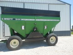 544 Brent with 22.5 truck tires, lights & brakes,