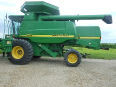 2000 JD 9550 walker machine, Mauer tank extension, chopper, chaff spreader, 30.5X32, SN685414,