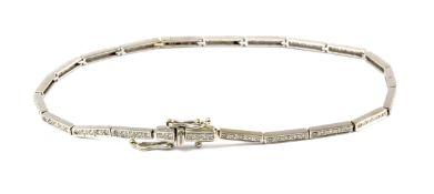 A tennis style diamond bracelet
