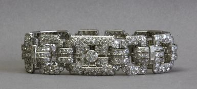An Art-Déco bracelet circa 1940. 13 ct. of diamonds and a platinum setting