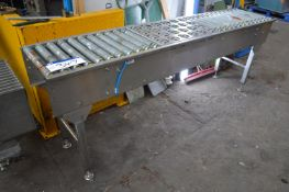 Stainless Steel Framed Powered Roller Conveyor, ap