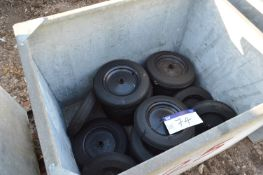 Approx. 22 x 330 x 70 Wheels & Tyres, in steel che