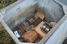 Machine Skates & Equipment, in steel chest (chest