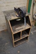 Record No.6 150mm Jaw Engineers Bench Vice, with t