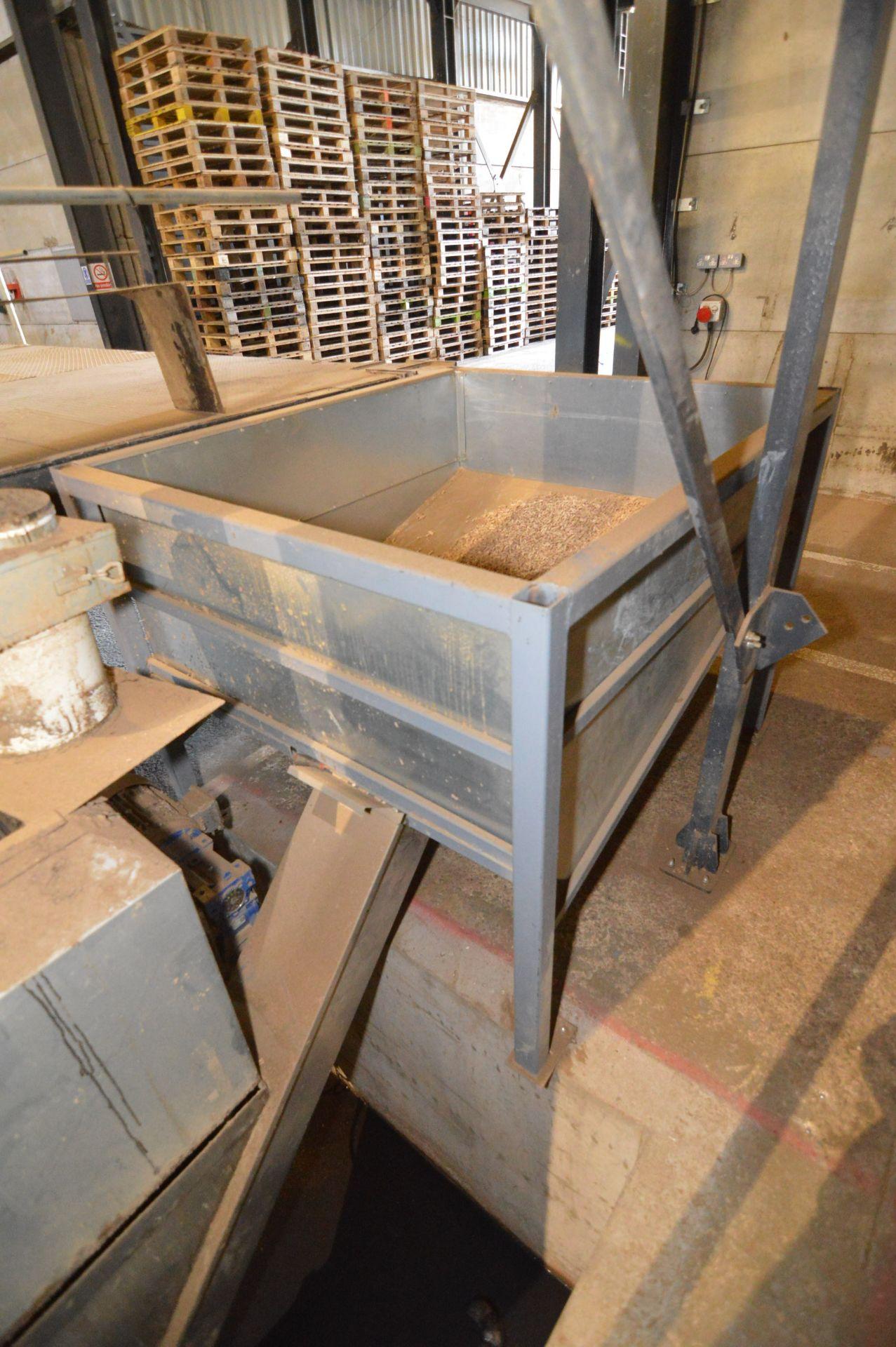 Lot 17 - Steel Framed Returns Hopper, approx. 1.45m x 1.25m
