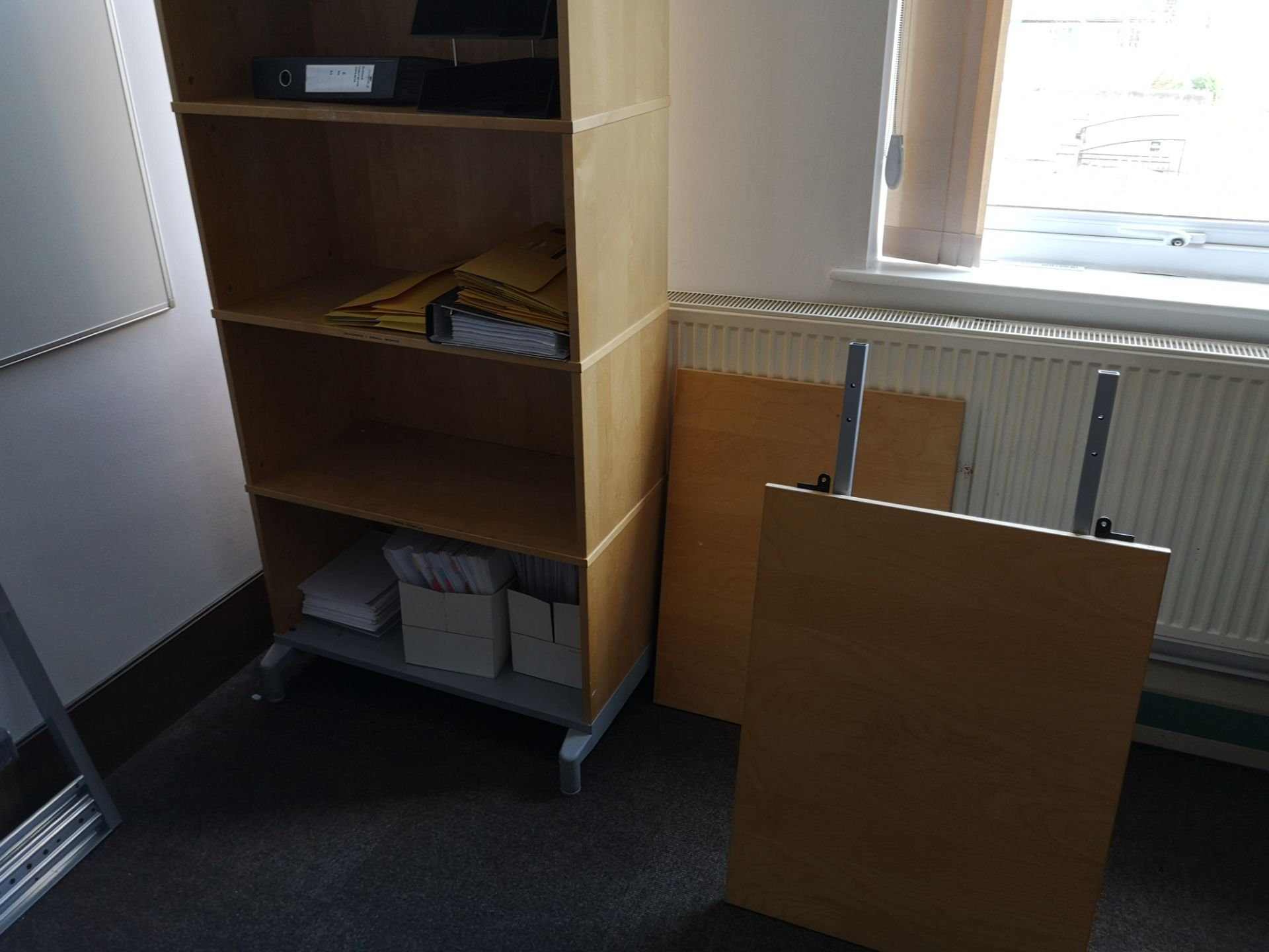 Lot 673 - Furniture Contents of Room including light oak ven