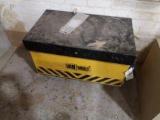 Van Vault Toolbox (LOT LOCATED AT 8 WHITEHOUSE STR