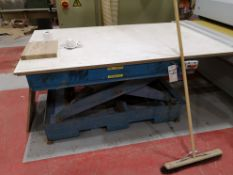 Powered Scissor Lift Table, SWL 1200kg (LOT LOCATE