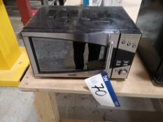 DeLonghi Microwave, 800W (LOT LOCATED AT 8 WHITEHO