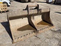 Geith 2.4m wide Ditching Bucket, serial no. 300/7,