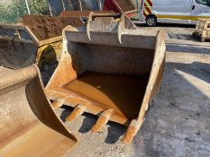 Geith 1.8m wide Rock Bucket, serial no. 300/8, 80m