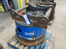 Dynaset Hydraulic Magnet, serial no. 38/26, (under