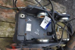 Engcon 0560-KOMATSU Quick Hitch, serial no. M65242