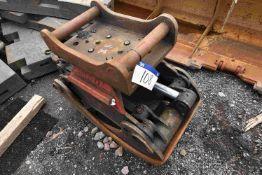 Engcon Hydraulic Pincer Log Grab, (SV281), 500mm w