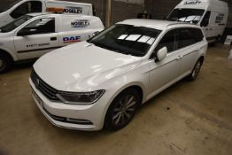Volkswagen PASSAT 2.0TDI SE BUSINESS 5 DOOR ESTATE