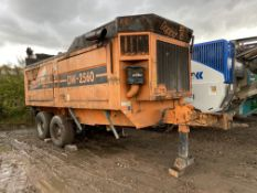 Doppstadt DW 250 B TANDEM AXLE SHREDDER, serial no. 082, year of manufacture 2005, indicated hours