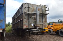 Swan TRI AXLE STEP FRAME TIPPING SEMI TRAILER, year of manufacture 2008, 38000kg gross weight (lot