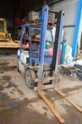 Komatsu FD207-IIE 2000kg cap Diesel Fork Lift Truck, serial no. 31334, indicated hours 3059 (at time