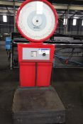 Avery 3205 COE Scales, capacity 750kg by 1kg divisions or 1650lb by 2lb divisions , serial no.