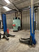 Maha Econlift 6500 FOUR POST VEHICLE LIFT, serial no. 200587, year of manufacture 2005, 6,500kg