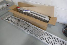 One Pair of 750lbs distributed weight cap. Folding Alloy Ramps (unused)