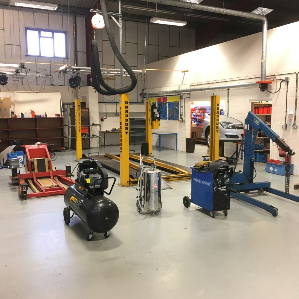 Garage Plant & Equipment, Trailers & Photographic and Lighting Equipment (formerly used in the creation of Haynes Manuals)