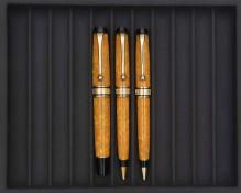 AURORA, Sole Optima, Lot de trois stylos Parure en auroloïd marbré jaune orangé, attributs plaqués