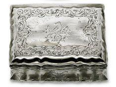 TabatièreSchwäbisch Gmünd, 18. Jh.Silber, innen vergoldet. Rechteckige, fassonierte Dos