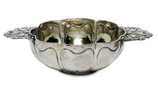 WeinprobierschaleNiederländisch, im Stil des 18. Jh. (?)Silber, innen vergoldet. Runde,