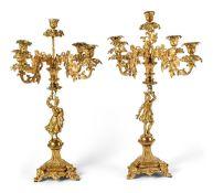 Paar figürlicher GirandolenFrankreich, 19. Jh.Von drei Füßen getragener, sechsseitiger und
