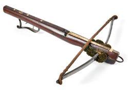 Armbrust-BolzenschnepperM. 18. Jh.Eisenbogen mit grünlichem Wollaufputz und Strickverankerung,