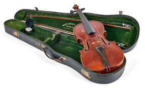 4/4 GeigeJanos Stowasser, Budapest - 1910Ungeteilter Boden aus fein geflammtem Ahorn, Ahornzarge,
