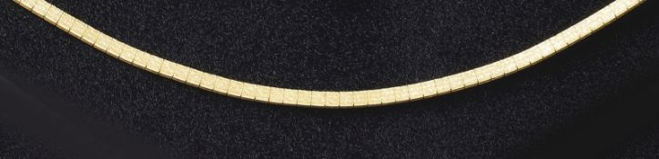 GoldcollierVicenza, 2. H. 20. Jh.Umlaufende Rechteckglieder mit Rindendekor, Kastenschloss. Gold