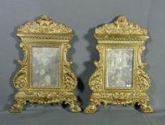 Zwei Kanontafeln als WandspiegelE. 18. Jh.Hochrechteckiges Spiegelglas in reicher Rahmung auf