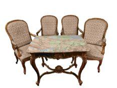 Salongruppe im Louis-XV-Stil