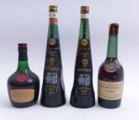 Vier Flaschen