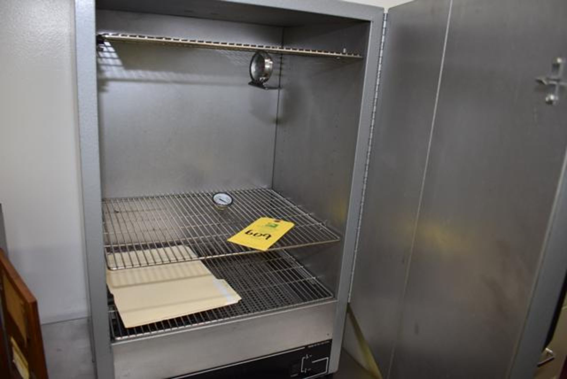 Lot 609 - Quincy Lab Model 40GC, Series Lab Oven, Loading Fee: $25