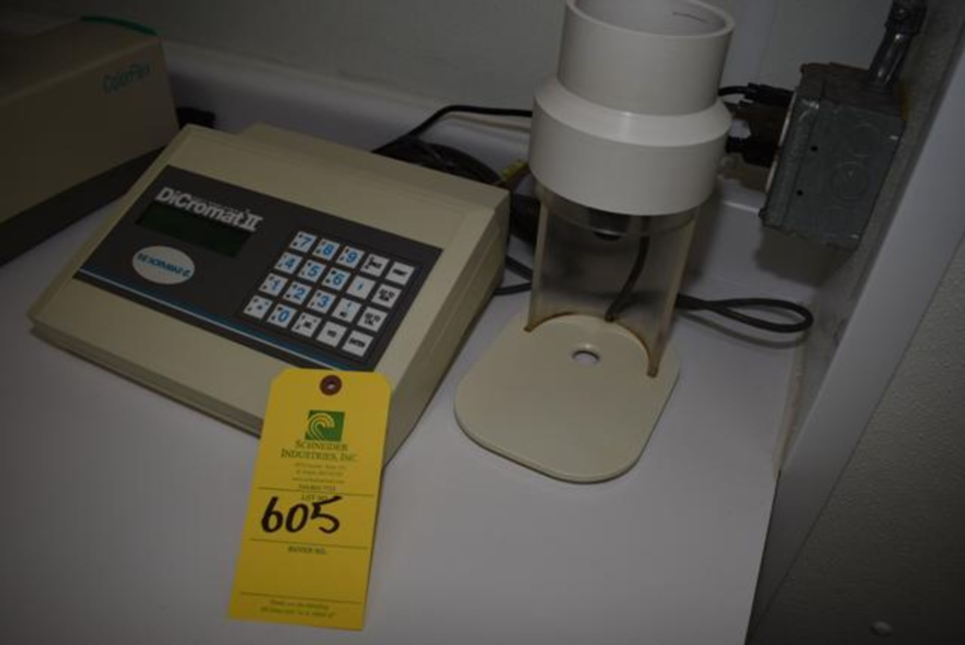 Lot 605 - Dicromat 2 Salt Analyzer, Loading Fee: $10