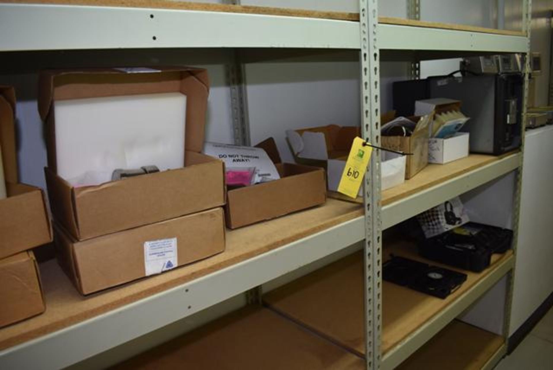 Lot 610 - Lab Shelf Contents -Anderson Model SL and TDL,(5) Level Transmitters, Endress& Hauser Model FTL50