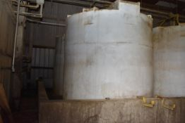 KBH Poly Tank\ID#3, Rated 6300 Gal. Capacity. LOADING FEE: $250