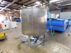 Stainless Steel Tank, 64 inches Diameter, 52.5 inches Height, Agitator/Mixer, Discharge Bottom,