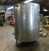 Stainless Steel Tank, 63.75 inches Diameter, 75.5 inches Height, Discharge Bottom,Rigging Fee $50